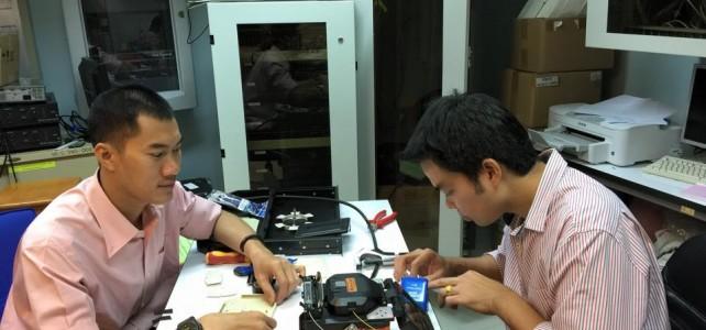 เชื่อมต่อfiber optic ห้องเรียนภาษาคณะครุศาสตร์อุตสาหกรรม