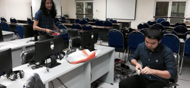 เชื่อมต่อfiber optic ห้องเรียนภาษาคณะบริหารธุรกิจ