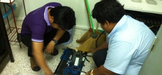 เชื่อมต่อ fiber optic อาคารเรียนและปฎิบัติการสาขาวิศวกรรมอุตสาหการ ศูนย์พระนครเหนือ