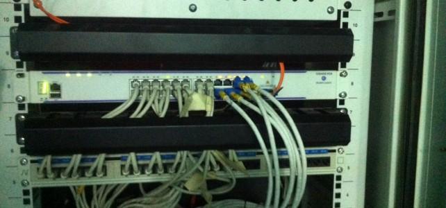 เปลี่ยนอุปกรณ์ Switch ศูนย์เทเวศร์ อาคารครุศาสตร์อุตสาหกรรม ชั้น 6 ห้องชาร์ปไฟฟ้า