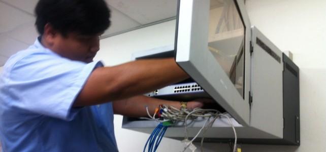 เปลี่ยนอุปกรณ์ Switch ศูนย์พระนครเหนือ อาคารกิจการนักศึกษา ชั้น 4 ห้องกิจการนักศึกษา