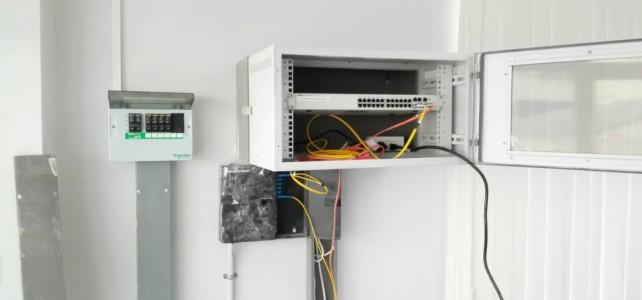 ติดตั้ง switch ห้อง studio server ศูนย์พณิชการพระนคร