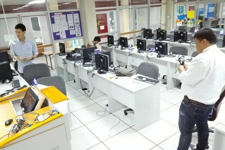 ทำการจัดเก็บอุปกรณ์คอมพิวเตอร์และปรับปรุงห้องศูนย์การเรียนรู้ด้วยตนเอง (ห้องศูนย์การเรียนรู้ด้วยตนเอง 3)