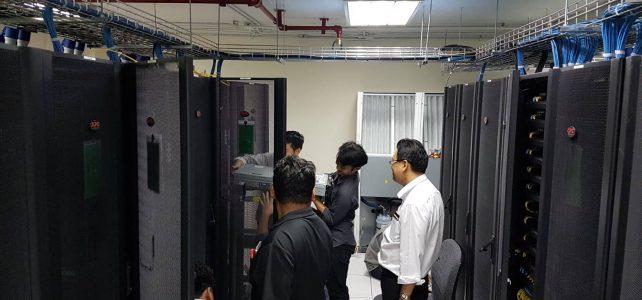 ขนย้ายเครื่อง server ไปยังห้อง Data Center อาคารอเนกประสงค์ใหม่ ศูนย์เทเวศร์
